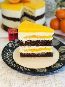 Tort Fanta cu cremă de brânză dulce și blat cu cacao