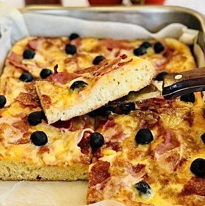 Pizza Siciliana cu aluat fără frământare