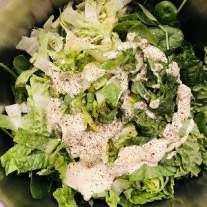 Dressing pe salata