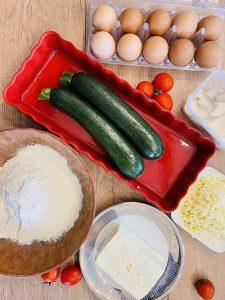 Tarta cu brânzeturi și zucchini