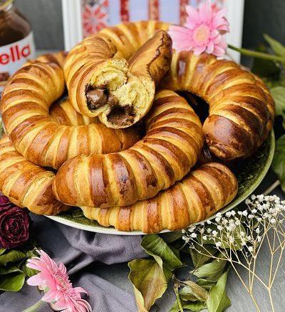 Cornuri pufoase cu Nutella