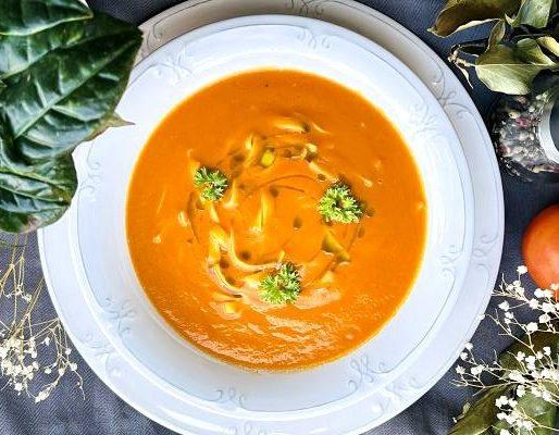 Supă cremă de roșii cu fidea