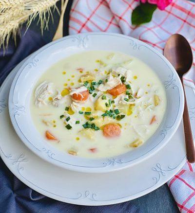 Supă cremă de pui cu legume